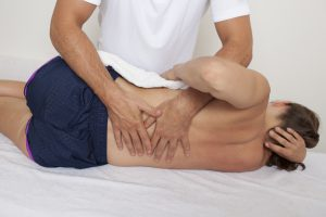 Maniobra osteopatica side roll