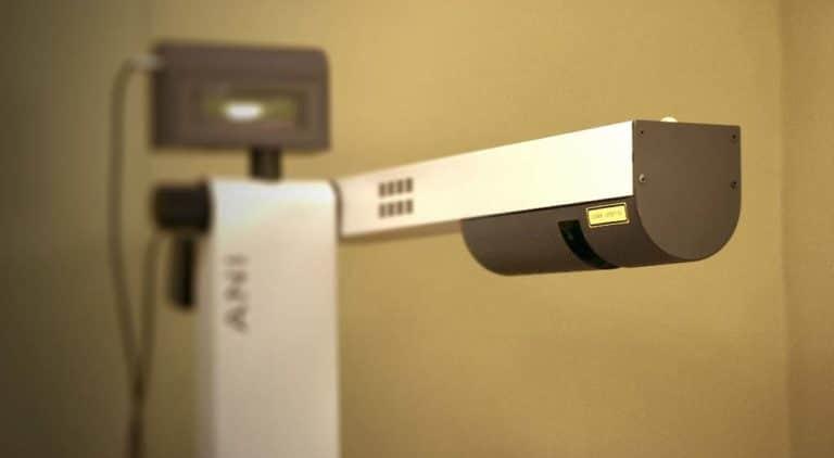 laserterapia - fisioteràpia - PHYSIO Clínica d'Osteopatia i Fisioteràpia
